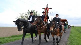 Zapraszamy do Bieńkowic na wielkanocną procesję konną