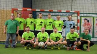 LKS Tworków z Pucharem Wójta w Halowym Turnieju Piłki Nożnej