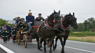Zawody sikawek konnych – całe podium dla drużyn z gminy Krzyżanowice.  Strażacy z Tworkowa po raz trzeci z Pucharem Starosty.
