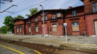 Dworzec kolejowy w Chałupkach własnością gminy